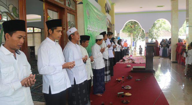 Peringatan Maulid Nabi Muhammad SAW dan Pembagian Rapor